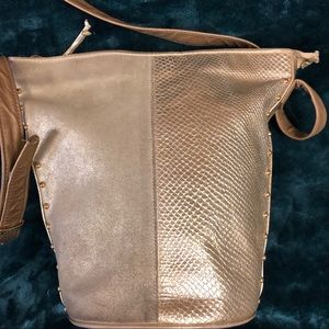Viva Bags of California bucket bag